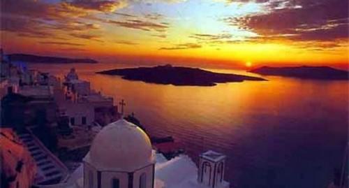 Santorini: la più bella delle Cicladi